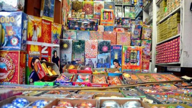 Ban on firecracker sale on Diwali to continue in Delhi-NCR: Supreme Court