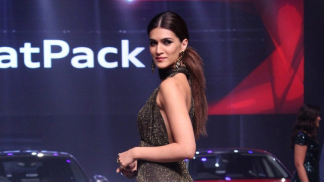 Here's-Kriti-Sanon-telling-you-why-girls-should-avoid-taking-their-dads-out-on-first-drive