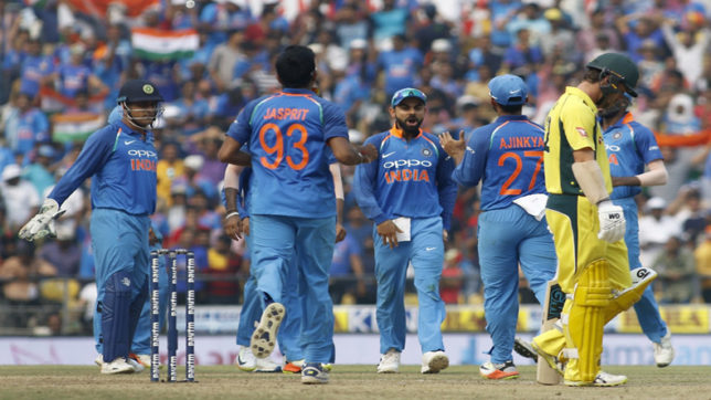India vs Australia, live cricket score, 3rd T20: Match delayed; Pitch damped, inspection at 7:45