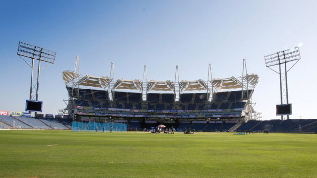 India-vs-New-Zealand-Pitch-tampering-allegations-on-curator-Salgaoncar-barricades-2nd-ODI-in-Pune