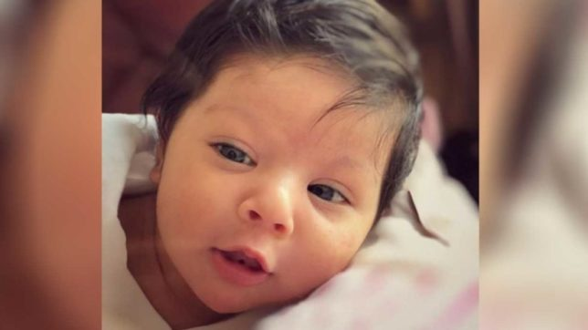 Children's day special: Proud daddy Kunal Kemmu shares daughter Inaaya's awestruck photo