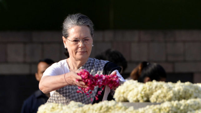 Always admired Shashi Kapoor's work: Congress president Sonia Gandhi in condolence letter