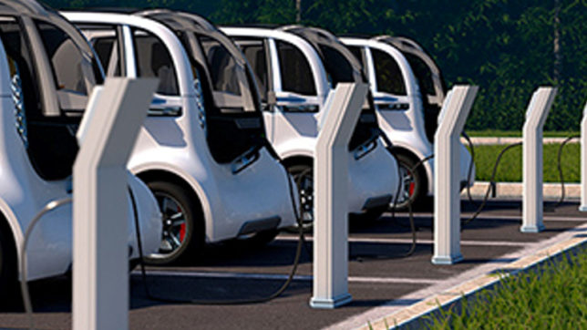 Electric vehicles powered with renewables can save Rs 40,000 annually: Report