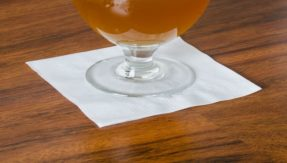 Student of George Washington University discovers KnoNap napkin to detect drugs in drinks