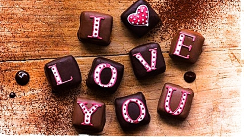 Chocolate Day 2019 images, wishes, messages, shayari, quotes, wallpapers, stickers for whatsapp, facebook and Instagram to wish Happy Chocolate Day