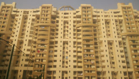 Child falls off from 10th floor of building in Ghaziabad due to negligence; dies