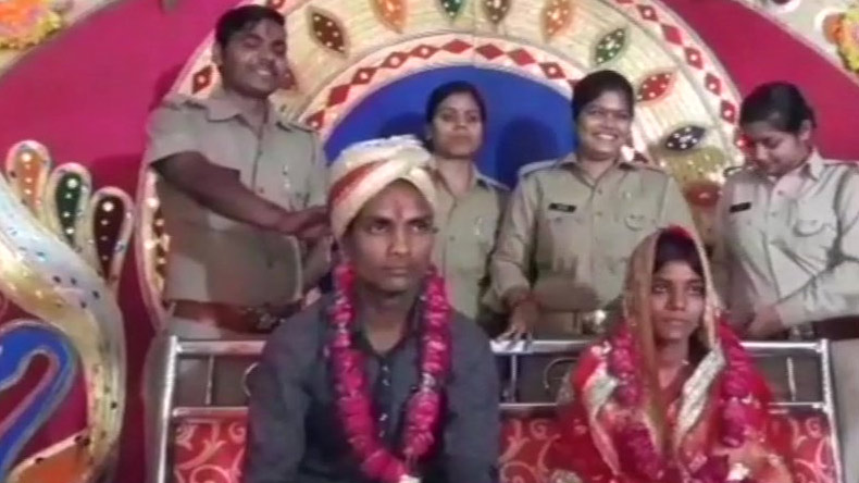 UP couple, police station, marriage, investigation, police arranged wedding, barabanki news, breaking news, top news, offbeat news, latest news, yogi aditynath, UP Police, UP CM, BJP,