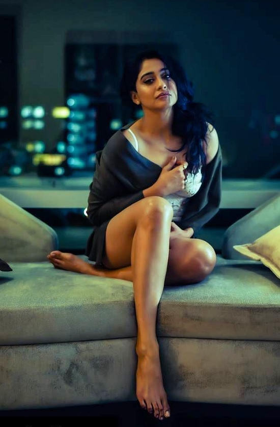 Regina Cassandra Photos 35 Hot, Sexy And Most Beautiful -4604