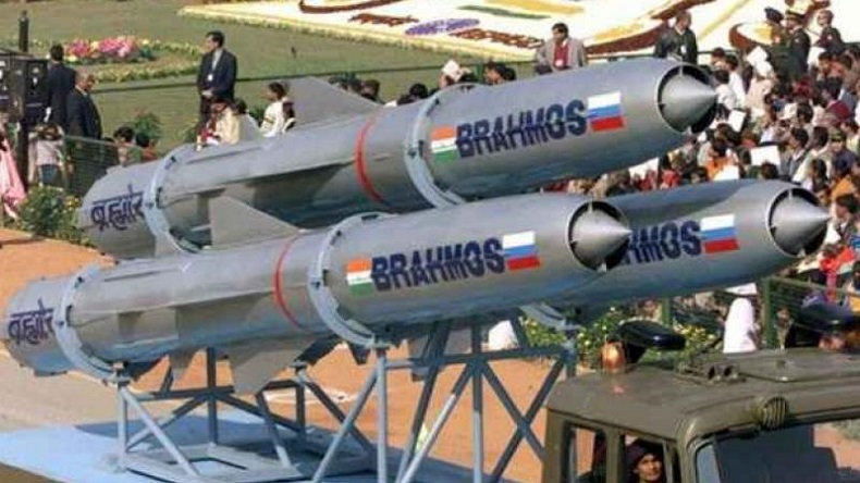 BrahMos supersonic cruise, missile, Pokhran, flight, Union Defence minister Nirmala Sitharaman, BrahMos missile, successful, world's fastest missile, joint-venture, science news. Brahmos, Brahmos missile test-fired, Pokhran, Brahmos Pokhran, Brahmos cruise missle, Nirmala Sitharaman, defence minister, Indian air forces, DRDO, India news