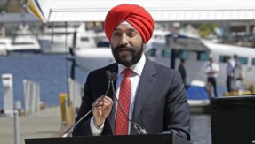 US expresses regret after Canadian minister asked to remove turban at Detroit airport