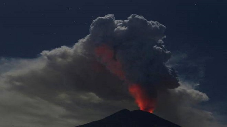 Revised IN29INDONESIA-VOLCANO