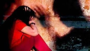 Madhya Pradesh, Bhopal, man hostage girl in apartment, jilted lover, MP Police, police rescue hostage girl, crime news,India news