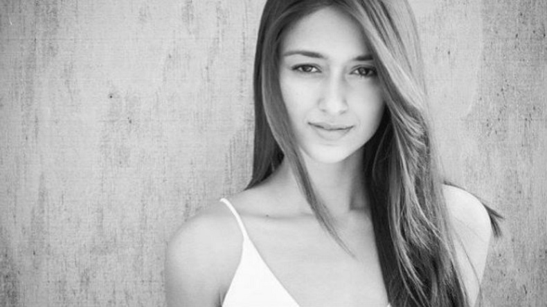 Ileana D'Cruz in her latest black and white video is melting hearts, watch here!