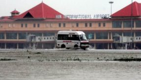 Kerala floods: Kochi airport suspends operation till Saturday as rain continues to batter state