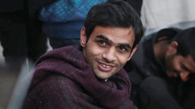 Umar Khalid, JNU student Umar Khalid, unidentified man, man open fire at Umar Khalid, Umar khalid shot at twitter reactions, Umar khalid shot at