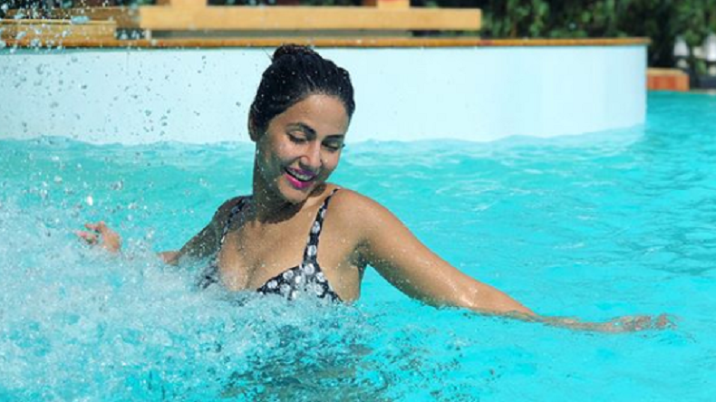 Hina Khan S Sexy Pool Pictures Get You Ready For Summer