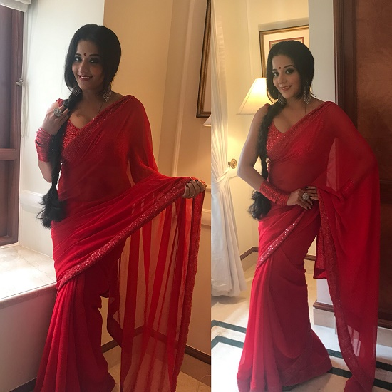 monalisa picture in Red Saree