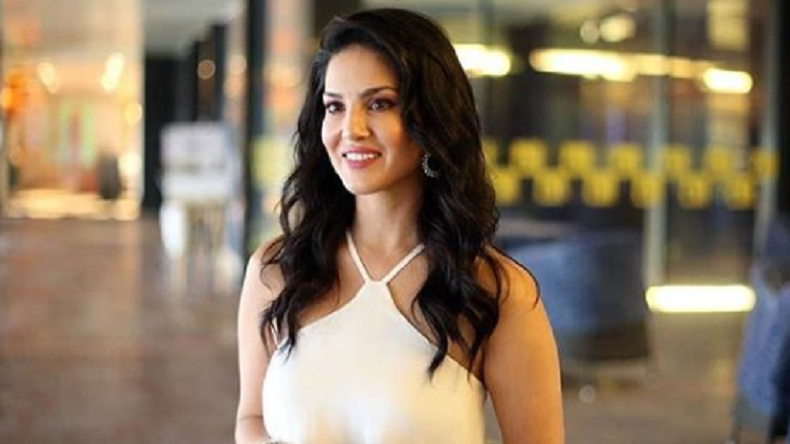 Sunny Leone looks like a princess in this viral photo!