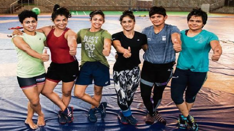 Asian games 2018, Asian games wrestling, Asian games, Sakshi Malik, Vinesh Phogat, Pinki Kumari, Pooja Dhanda, Sumit Malik, Sakshi Malik at Asian games 2018, Vinesh Phogat at Asian games 2018, Pooja Dhanda at Asian Games 2018, Sumit Malik at Asian Games 2018