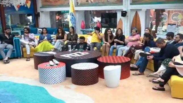 Bigg Boss 12 Day 17 Episode 18 October 3 2018 LIVE written updates: Housemates get ready for another luxury task