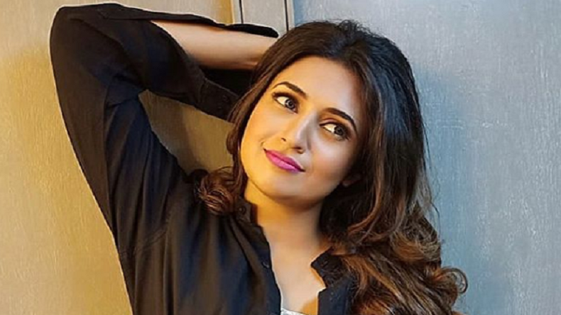 Divyanka Tripathi's latest photo is grace personified, have a look!