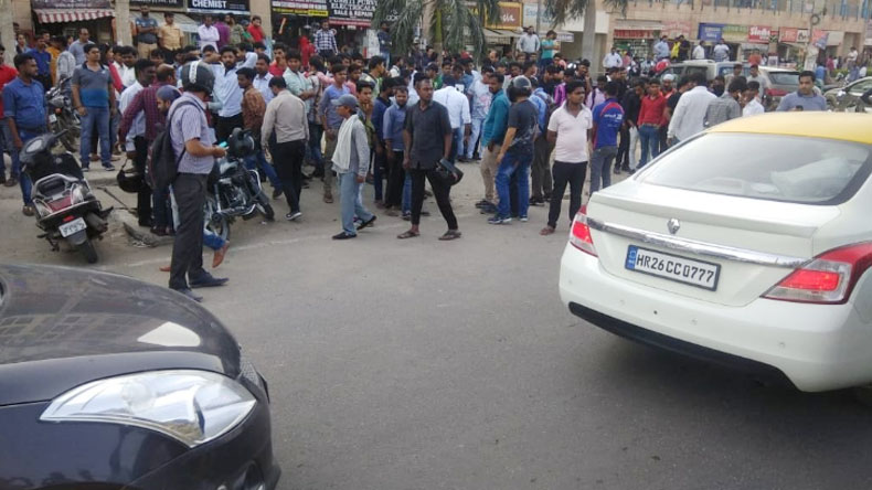 Gurugram shooting: Wife and son of additional court judge shot at near Arcadia market in Sector 49, gunman held