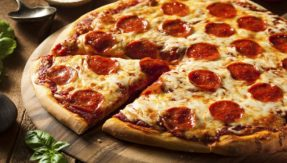 Michigan-based Pizza outlet delivers pizza to a terminally ill man at night, story goes viral
