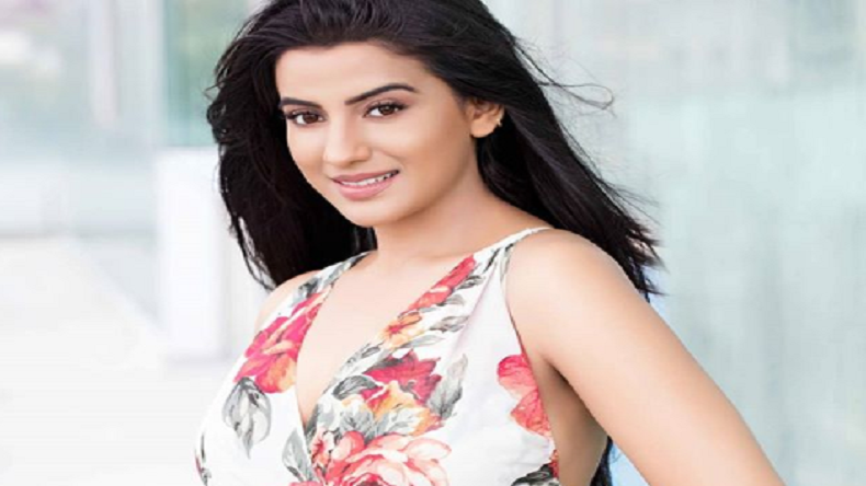 Akshara Singh's Instagram video is a treat for her fans, watch it here