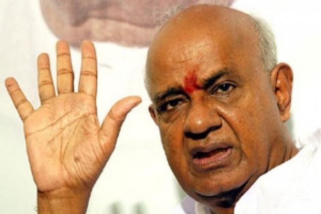 hd devegowda, hd kumaraswamy, Operation Kamala, BJP, Congress, JDS, Karnataka poaching attempts, india news, national news
