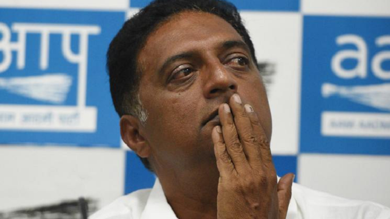 Elections 2019: Actor Prakash Raj accepts defeat before final announcement of results, says it's a slap on his face