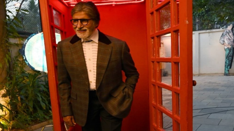 Amitabh Bachchan heads to Lucknow to shoot for Gulabo Sitabo