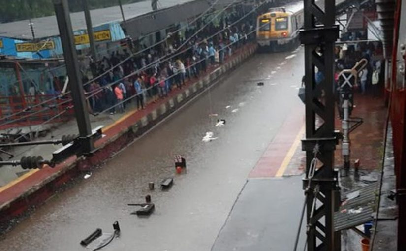 Mumbai rains: IMD issues red alert ahead of high tide in the afternoon, advises fishermen to stay away from sea